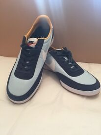 MENS NIKE TRAINERS SIZE UK11 BRAND NEW WITHOUT TAGS