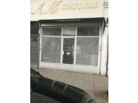 Shop for rent in Churchfield Road (W36DH) 1250£PM