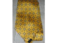 100% Silk Tie, NEW, Handmade in Italy, Elegant Yellow Riding Theme
