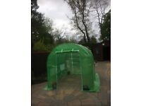 frame never been used only assembled to take picture length 2.5 m xwidth 2m height 2m