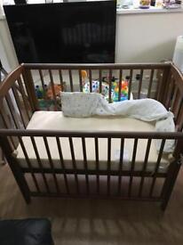 BABY Cot& Mattress