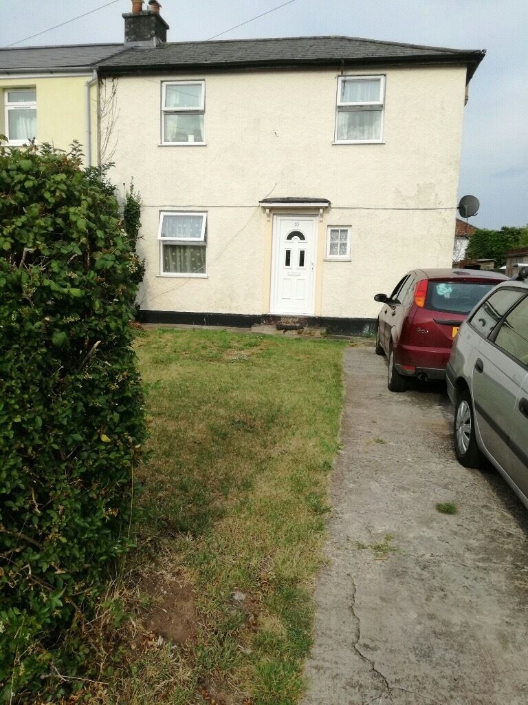 Double Room In Shared 3 Bed Semi Available In Stoke