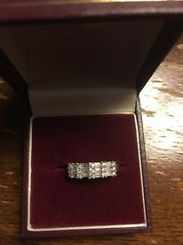 18 Carat White Gold Band with Diamonds