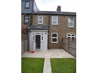 4 bed terraced house to rent in Dollis Hill