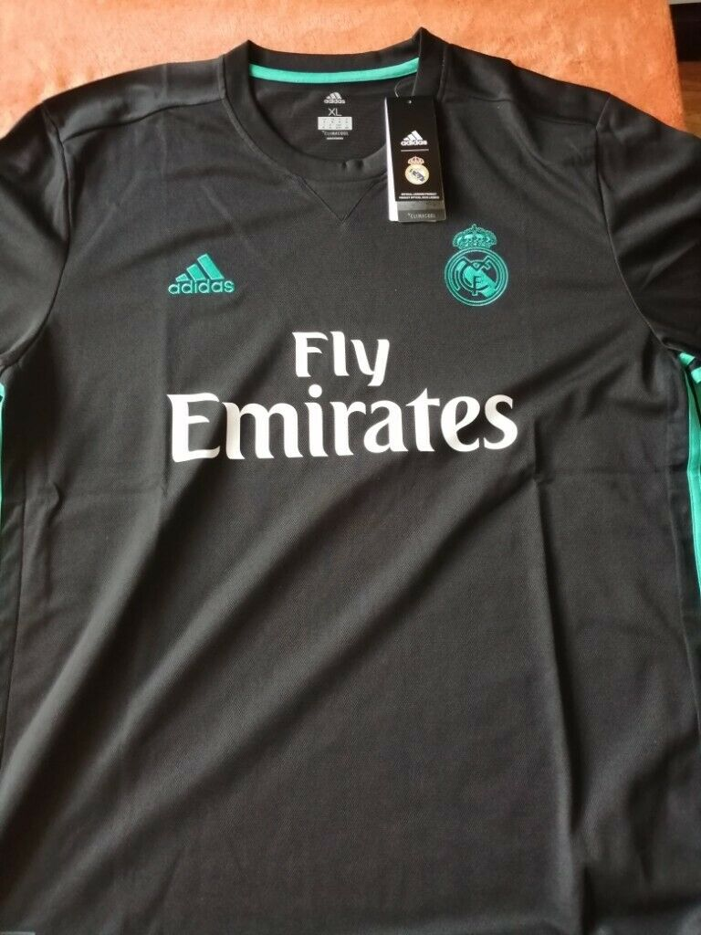 Real Madrid Away Shirt 201718 BNWTBNIB Size XL. Be a 5 a side boss! | in Portadown, County Armagh | Gumtree