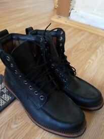 Timberland Black Leather Boots Size 10.5