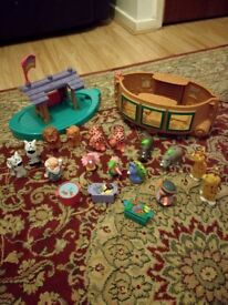 Noah's ark with little people