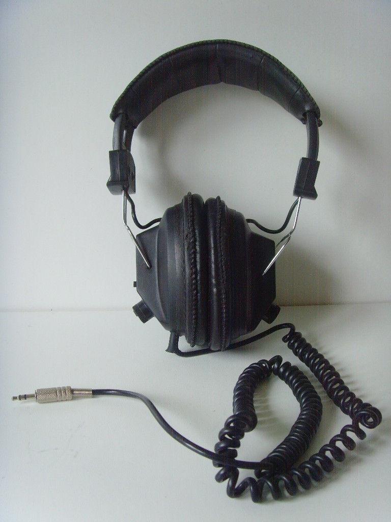 Philips Retro Over Ear Padded Headphones