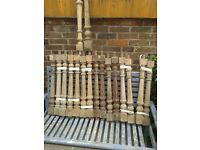 17 x HEAVY DUTY WOOD TURNED BALUSTRADE SPINDLES
