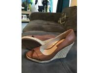 Wedge shoes size 5