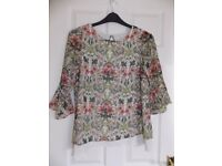 Next Floral Maternity 3/4 Sleeved Top size 8