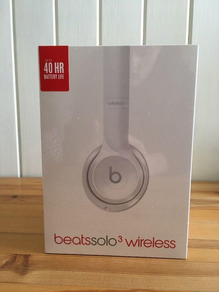 Brand new white beats solo 3 wireless headphones