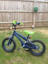 "Children's 14"" Ben 10 bike with removable stabilisers"