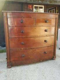 Victorian bowfronted chest of drawers