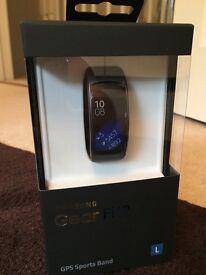 Samsung GearFit 2 - smart watch brand new