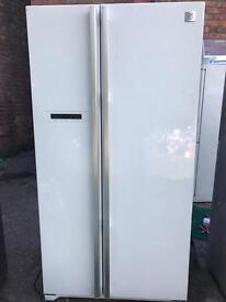 Daewoo white American fridge freezer