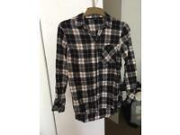 3x Ladies Shirts Size 6-8