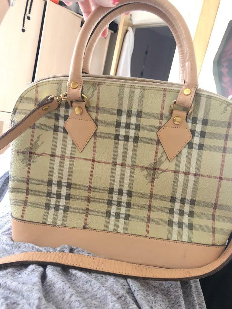 Classic Vintage Burberry Bag- Loved and used!  3042fd96d1cf0