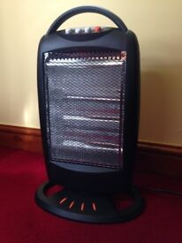 Oscillating 1200W Halogen Heater - gives instant heat