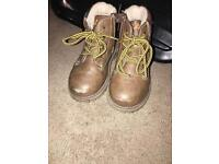 Fila shoes - size 6