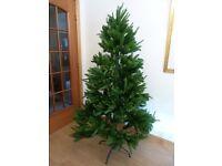 CHRISTMAS TREE - ARTIFICIAL GREEN FIR TREE WITH 4 LEG STAND & SET OF LIGHTS