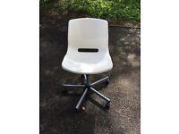 Ikea Micke white swivel office chair