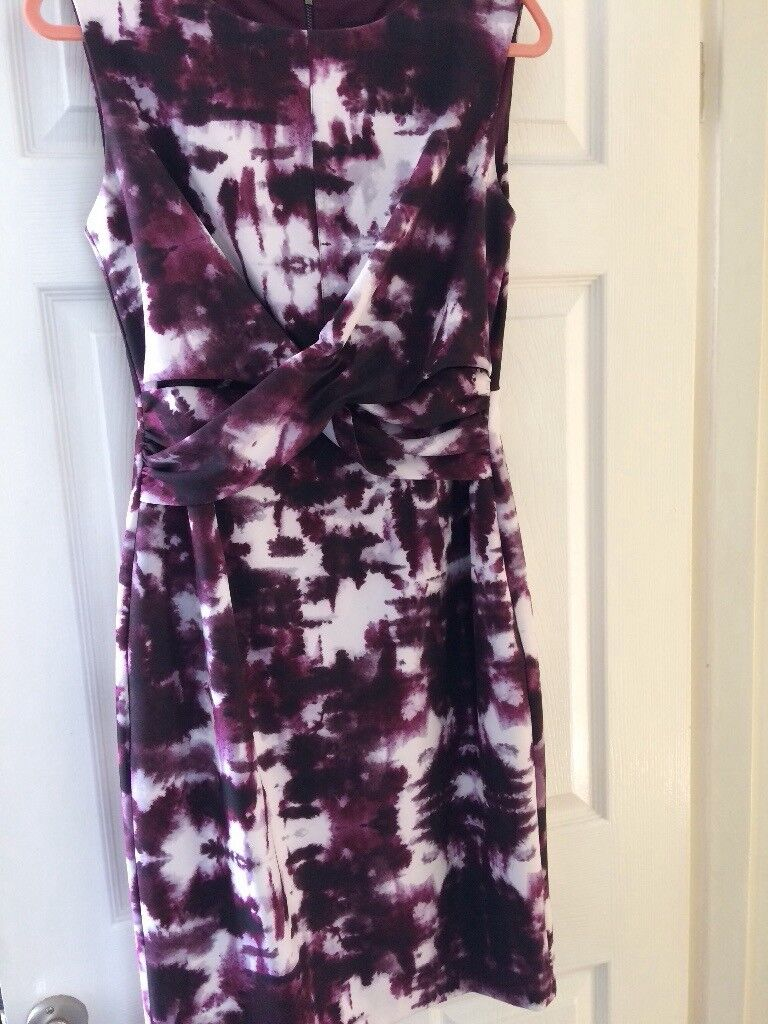 Phase 8 smart stylish dress.Size 12 in purple and white. Ideal for ...