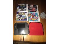 Ninetendo 2ds with games
