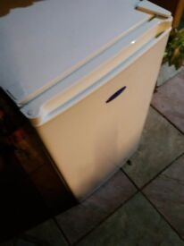 Fridge with freezer nearly new bargain only £40