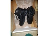 BNIB Arco safety boots size 10