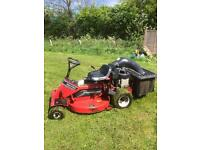 SNAPPER SR140 RIDE ON LAWNMOWER IN PERFECT ORDER READY TO USE!!!!