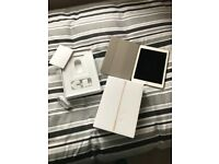 "Apple Ipad Pro 125gb 9.7"" gold wi-fi and cellular"