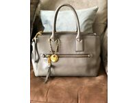 Marc Jacobs Handbag - Mink Recruit East West Leather Tote