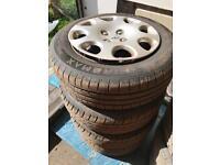 Peugeot wheels 195/65/15 x4 tyres