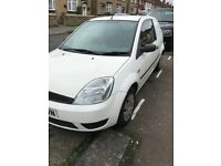 Ford Fiesta van 1.4 diesel 2005 1 years mot today