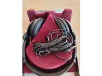 Pro-Luxe PX 921 Heavy Duty Headphones (Unused - still in original packaging)