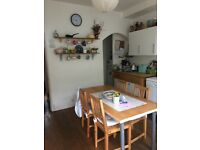 Lovely double room to rent in s11 area close to eccy road