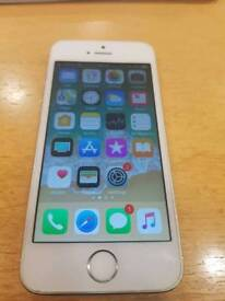 IPhone 5s including Battery Case on O2