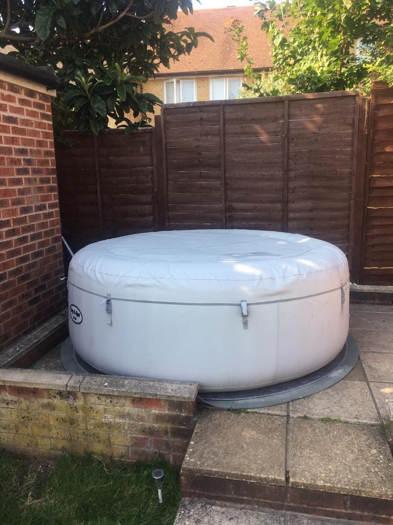 lazy spa paris inflatable hot tub in portslade east. Black Bedroom Furniture Sets. Home Design Ideas
