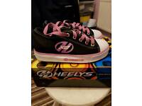 Heelys Trainers/Rollers Size 3