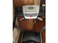 York fitness Z16 treadmill, runs then stops when walked on, Free to collector