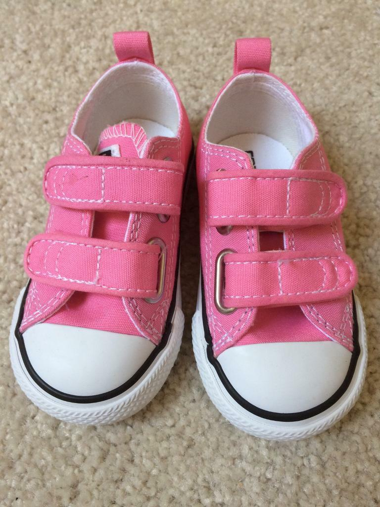 free shipping 8aa99 6a651 Children s Pink All Star Converse, Size 5 Infant