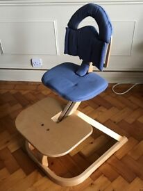 Svan High Chair - natural wood, tray, harness and seat covers