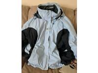 Helly Hansen Coat Size L