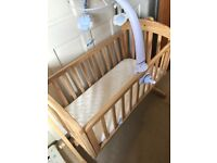 Mamas and papas swinging crib and Infantino 3 in 1 mobile