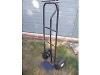 HEAVY DUTY SACK BARROW WITH PHEUMATIC TYRES