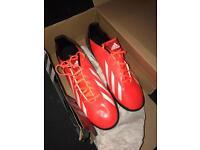 Adidas F10 football boots - size 11