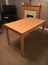 Banbury 4 Seat Dining Table, Oak effect