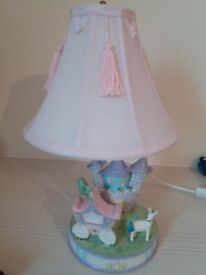 Beautiful Girl's Bedroom Lamp - Excellent Condition