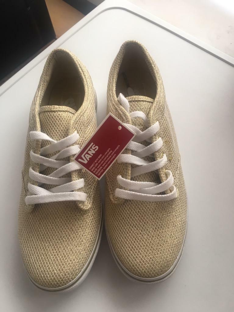 87d7f39448 Brand new Womens vans trainers shoes size 6